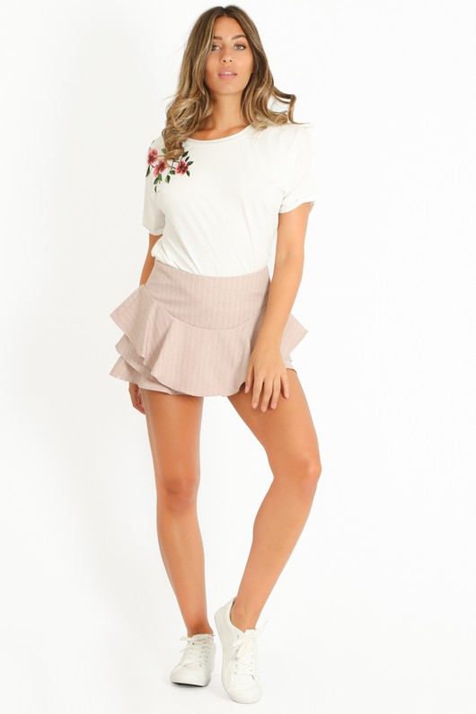 q/239/Pinstripe_Frilled_Flowing_Skort_In_Pink-7__83145.jpg