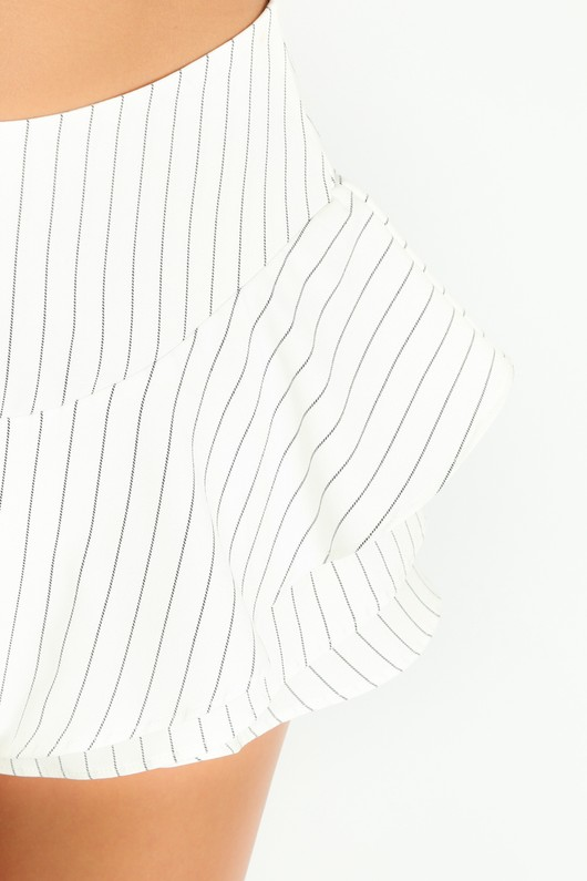 l/719/Pinstripe_Frilled_Flowing_Skort_In_White-7__15074.jpg