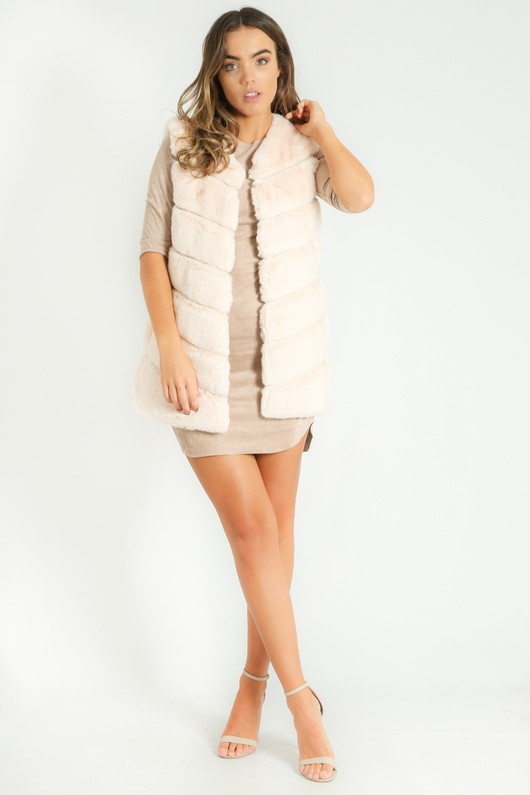 q/528/Short_Hair_Gilet_in_Cream__15087.jpg