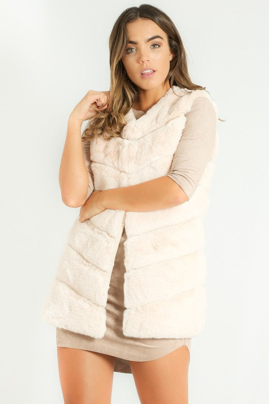 a/532/Short_Hair_Gilet_in_Cream-5__37450.jpg