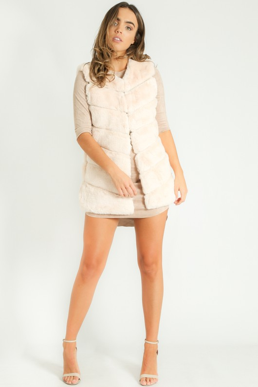 k/313/Short_Hair_Gilet_in_Cream-6__44386.jpg