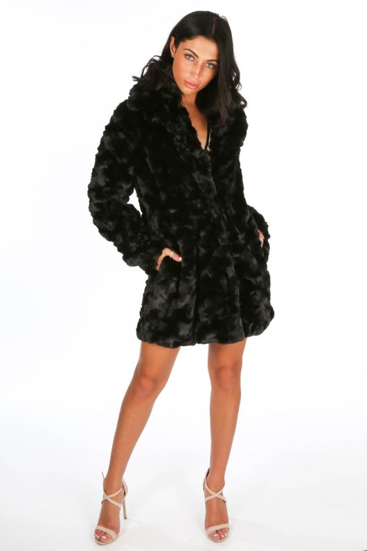 Soft Faux Fur Teddy Coat In Black