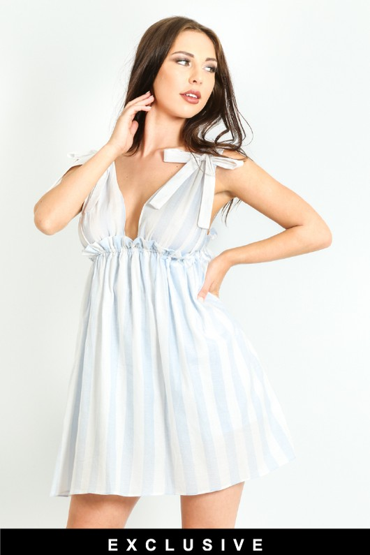 a/257/Striped-Over-Sized-Playsuit-With-Dress-Overlay-In-Blue-2-ex__31002.jpg