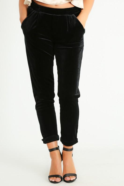o/138/Tapered_Velvet_Cropped_Trouser_In_Black-2__45826.jpg