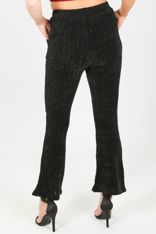 p/058/Velvet_flared_trousers_in_black-2-min__98614.jpg