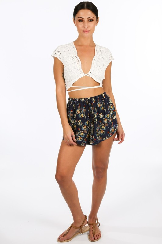 q/713/W1419-_Wrap_Around_Embroidery_Anglaise_Crop_Top_In_White__02750.jpg