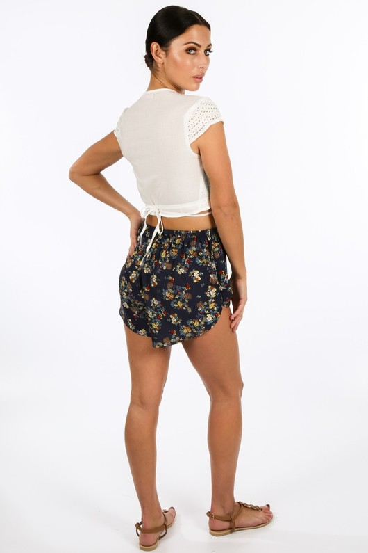 z/061/W1419-_Wrap_Around_Embroidery_Anglaise_Crop_Top_In_White-3__02573.jpg