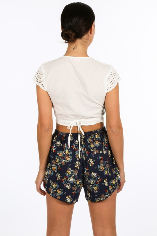 e/994/W1419-_Wrap_Around_Embroidery_Anglaise_Crop_Top_In_White-4__22378.jpg