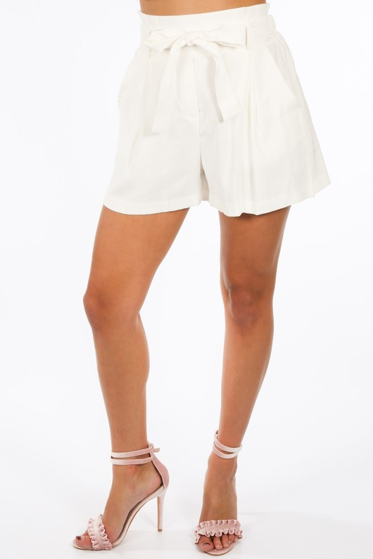 r/301/W1476-_Paper_Bag_Shorts_In_White-3__20874.jpg