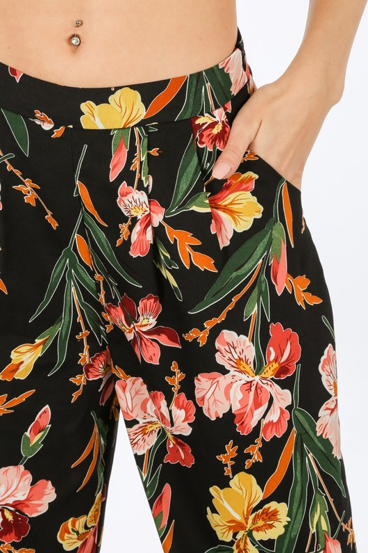 h/505/W1633-3-_Floral_Trousers_In_Black-5__06744.jpg
