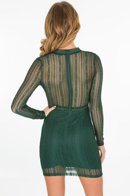 r/050/W2387-_Long_sleeved_lace_dress_in_green-4-min__90944.jpg