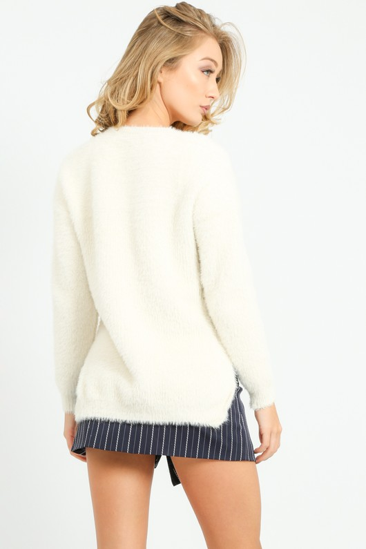 u/513/W5201-_Knitted_Fluffy_Round_Neck_Jumper_In_Cream-5__51943.jpg