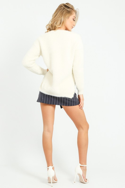r/312/W5201-_Knitted_Fluffy_Round_Neck_Jumper_In_Cream-6__55717.jpg