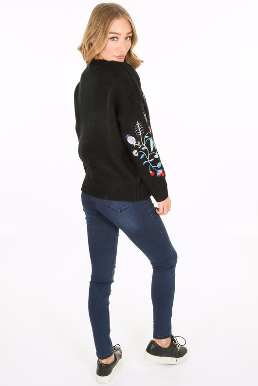 c/124/W5217-_embroidered_knit_in_black-3__51795.jpg