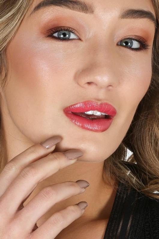 m/625/lipstick2-2-min__72872.jpg