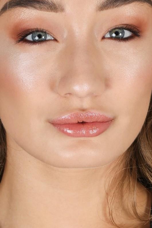 v/698/lipstick3-2-min__10737.jpg