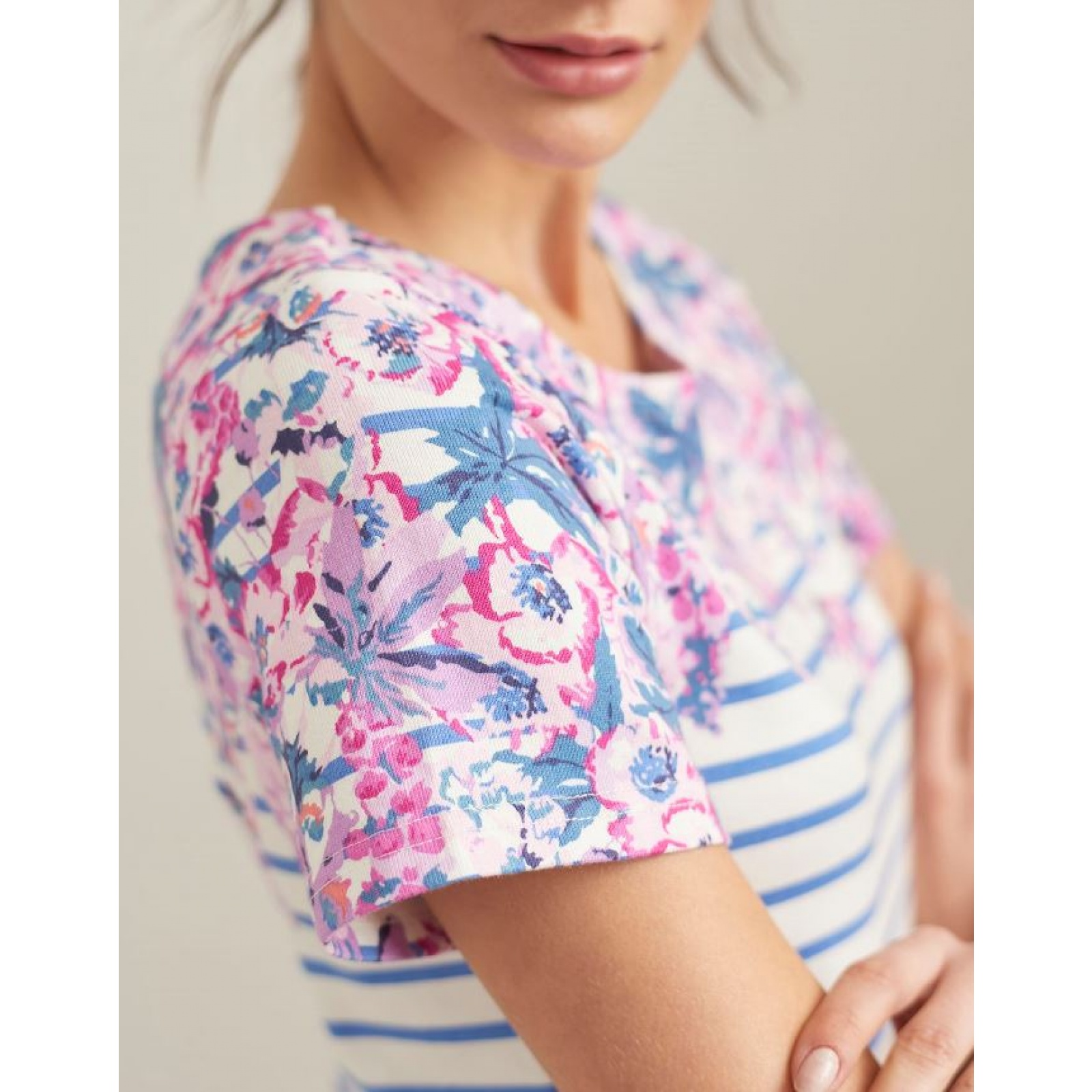 Joules-Riviera-Print-T-Shirt-Dress-with-Short-Sleeves-SS19 thumbnail 5
