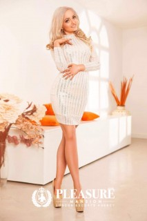 Beverly | Escorts South Kensington
