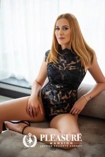 Sophia   Escorts