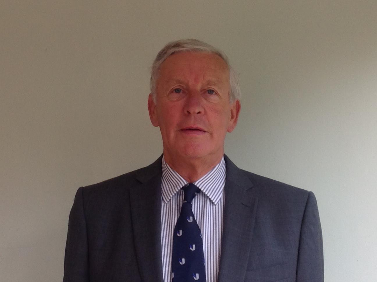 Mr Mike Bellamy