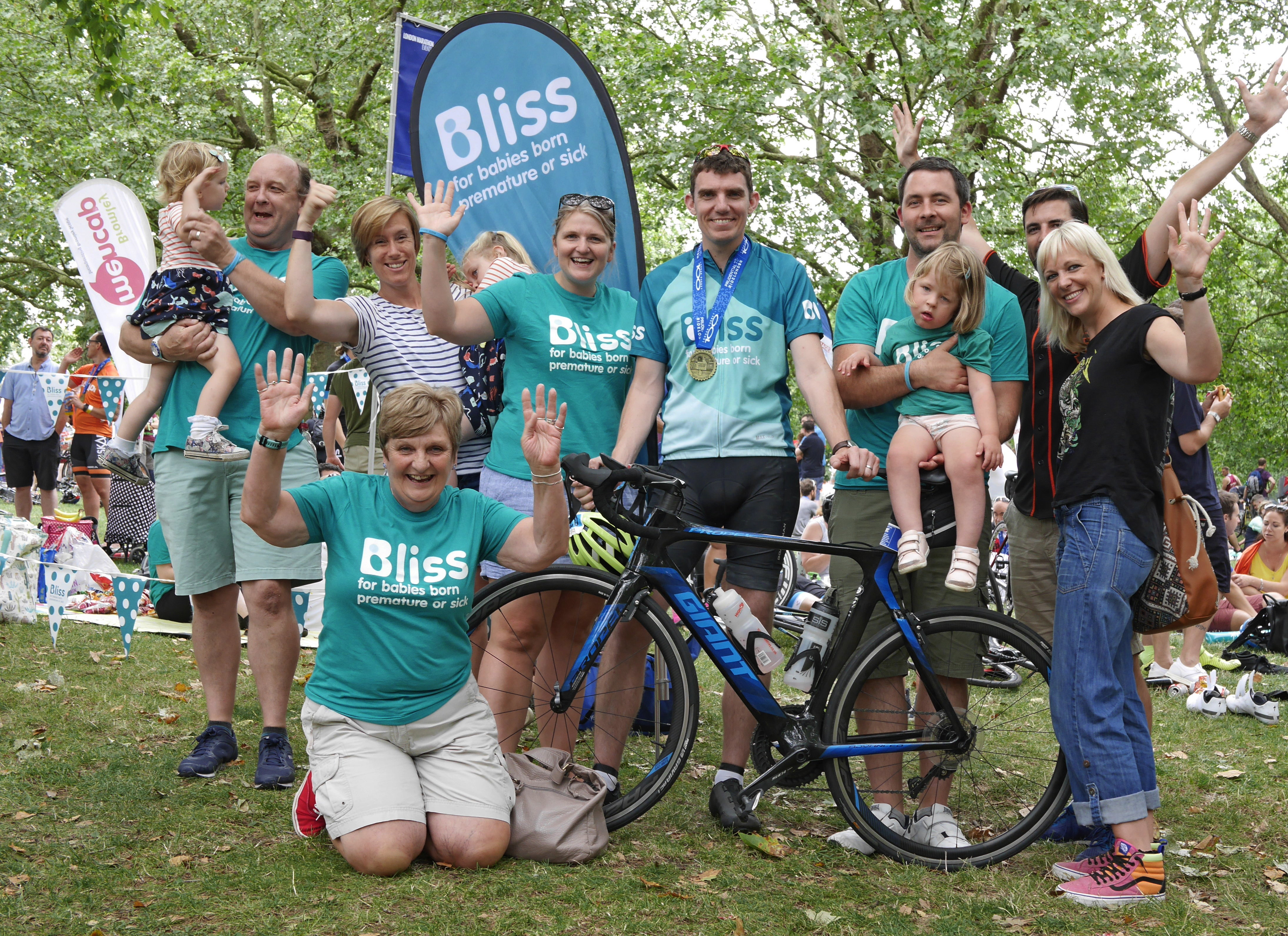Lots of Bliss supporters at the finish