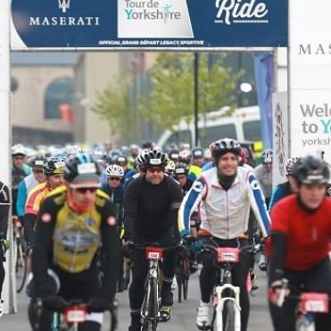 Cyclists at the start line