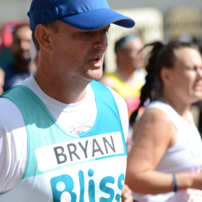Male Bliss runner