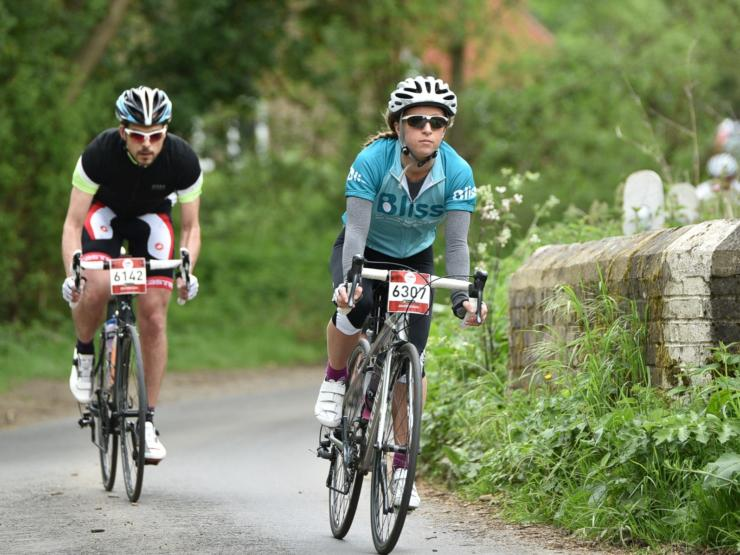 2 riders cycling