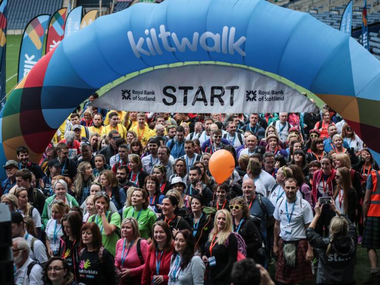 Kiltwalk Crowded Edinburgh Start 1