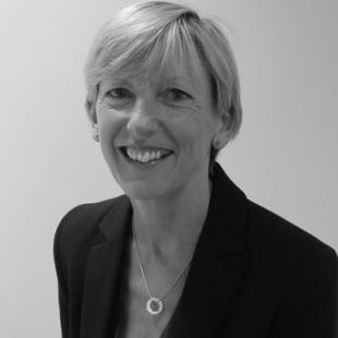 Fiona MacGregor