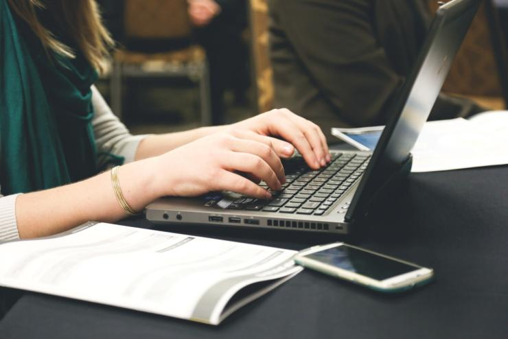 Woman Typing Writing Windows Resize