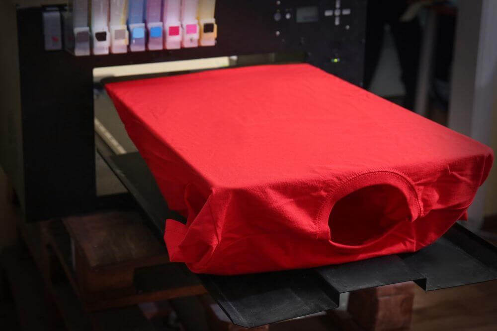 t-shirt red printing manufacturing