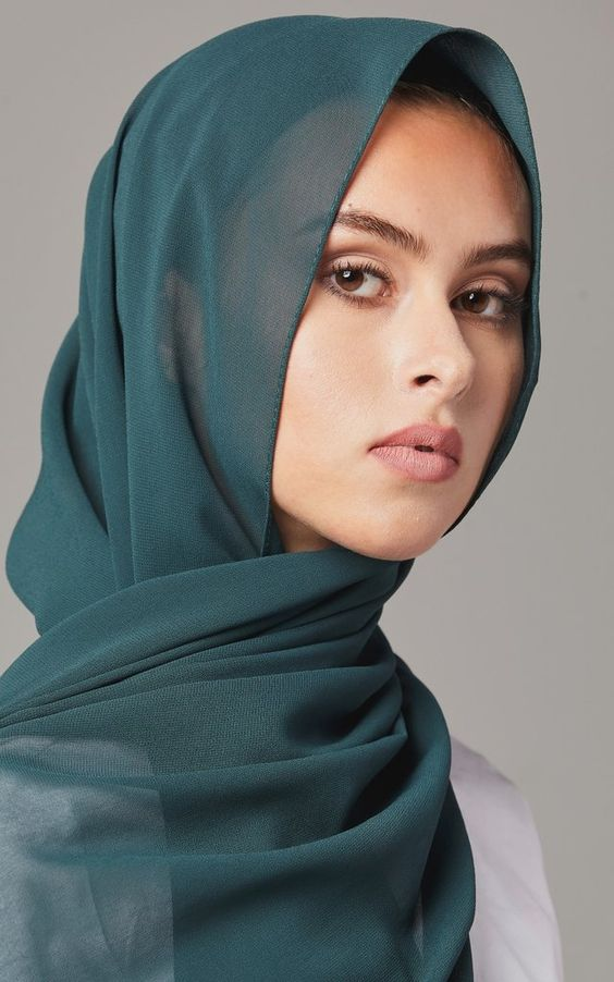 our solid chiffon scarves feature a smooth light weight polyester chiffon fabric
