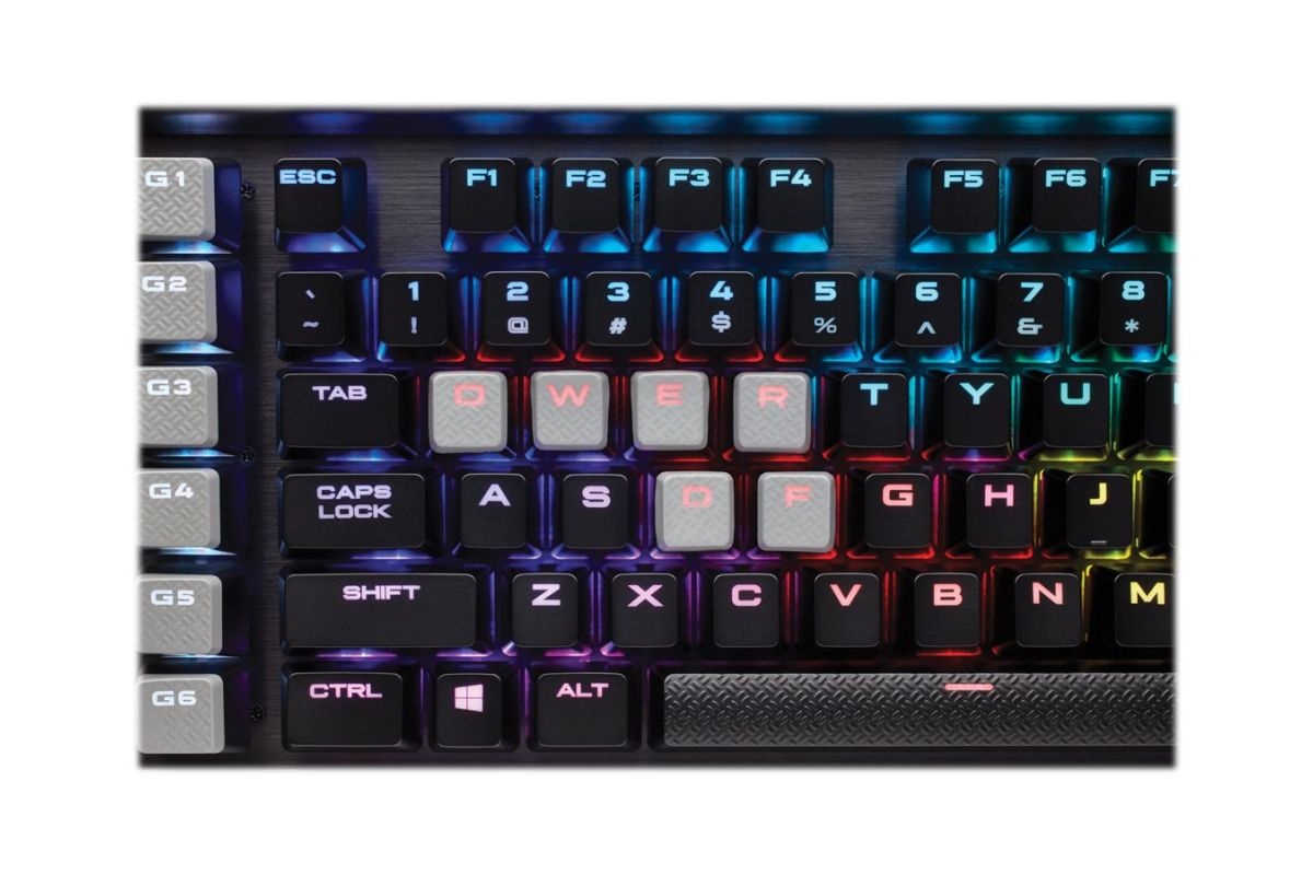CORSAIR Gaming K95 RGB PLATINUM Mechanical