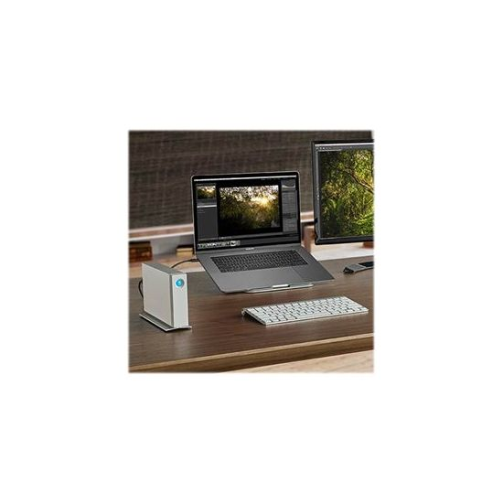 LaCie d2 Thunderbolt 2 &#45 4TB - USB 3.0   2 x Thunderbolt 2