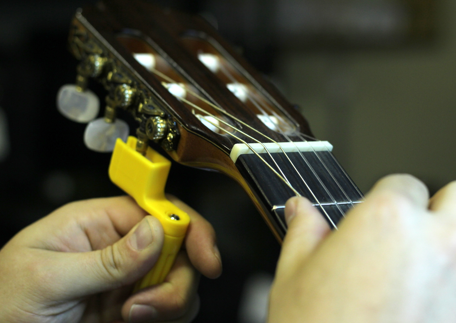 How To Restring A Classical Guitar - Forsyths Music Shop