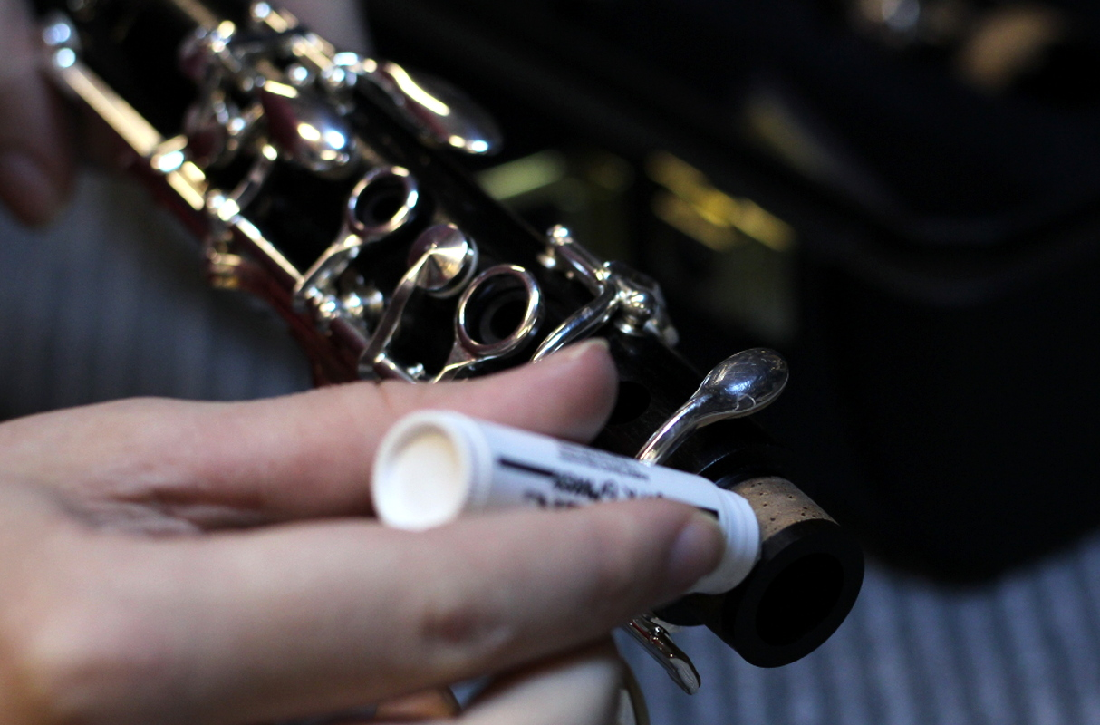 greasing the clarinet joint