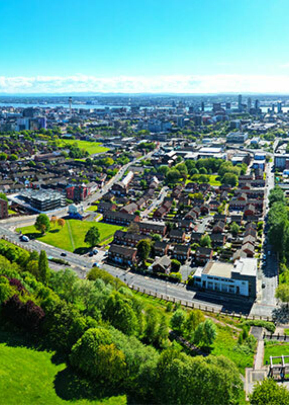 Green Motion Car Rental United Kingdom England Liverpool City Downtown 1400x400