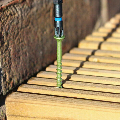 Decking Screw Pozi Compatible ST Green Anti-Corrosion (200) | 4.5mm x 75mm