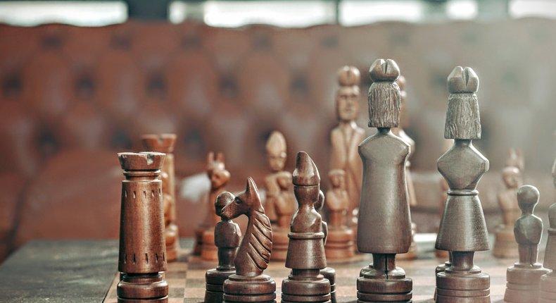 logic - Chess set