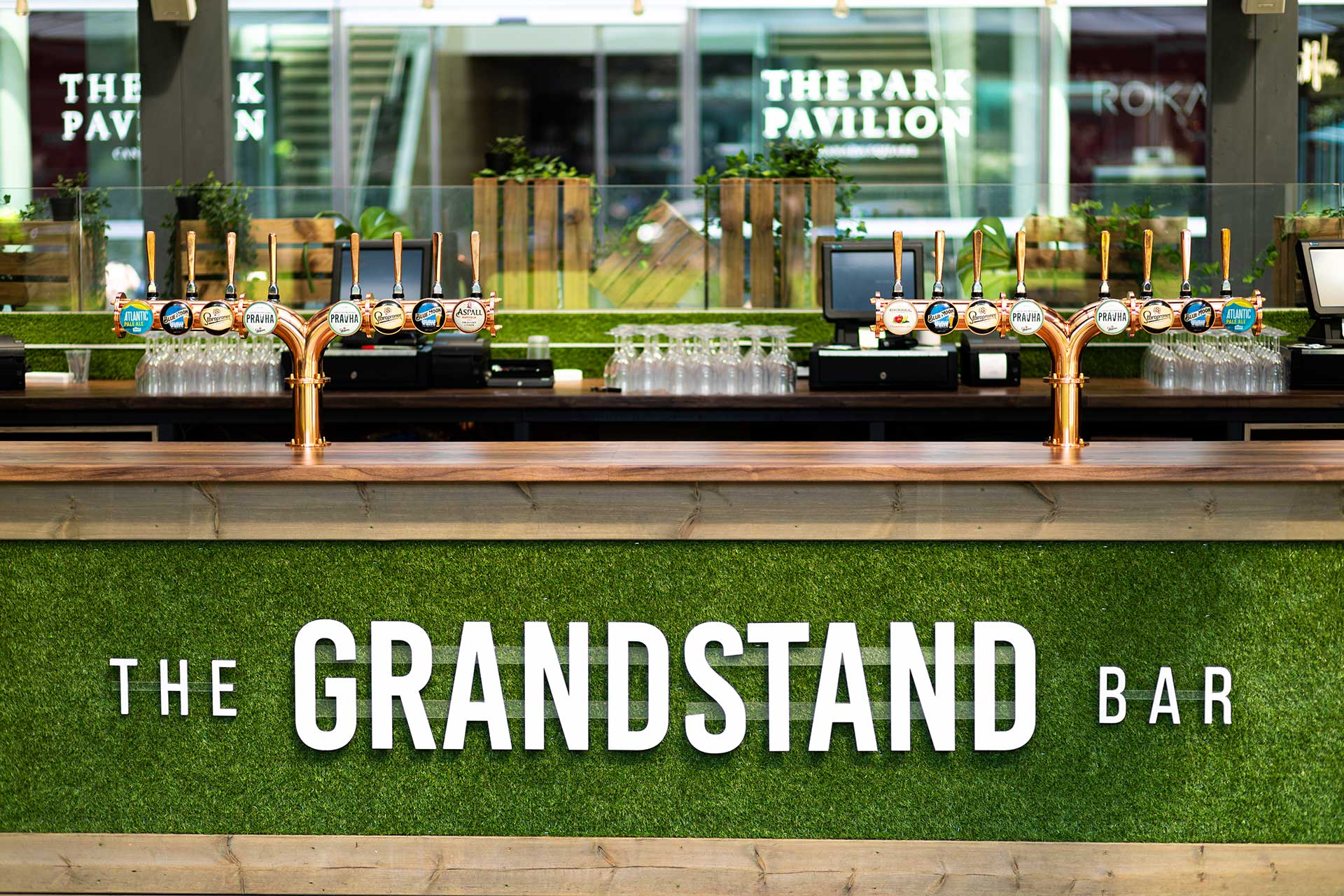 Grandstand Bar Cinema