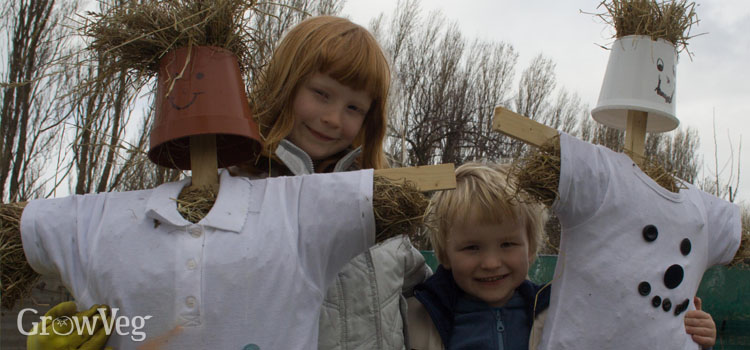 https://s3.eu-west-2.amazonaws.com/growinginteractive/blog/children-with-scarecrows-2x.jpg