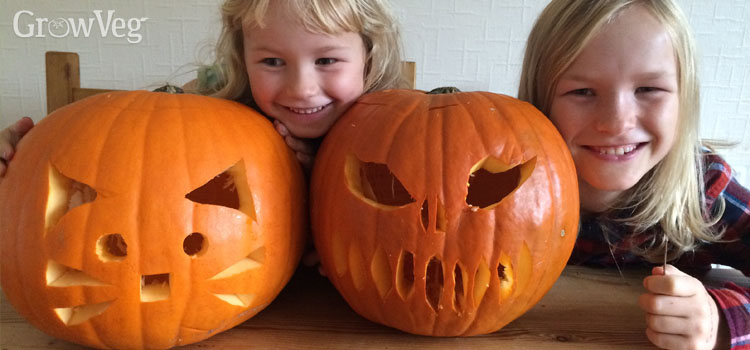 https://s3.eu-west-2.amazonaws.com/growinginteractive/blog/kids-with-jack-o-lanterns-2x.jpg