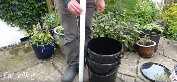 What parts you'll need to make a self-watering plant pot