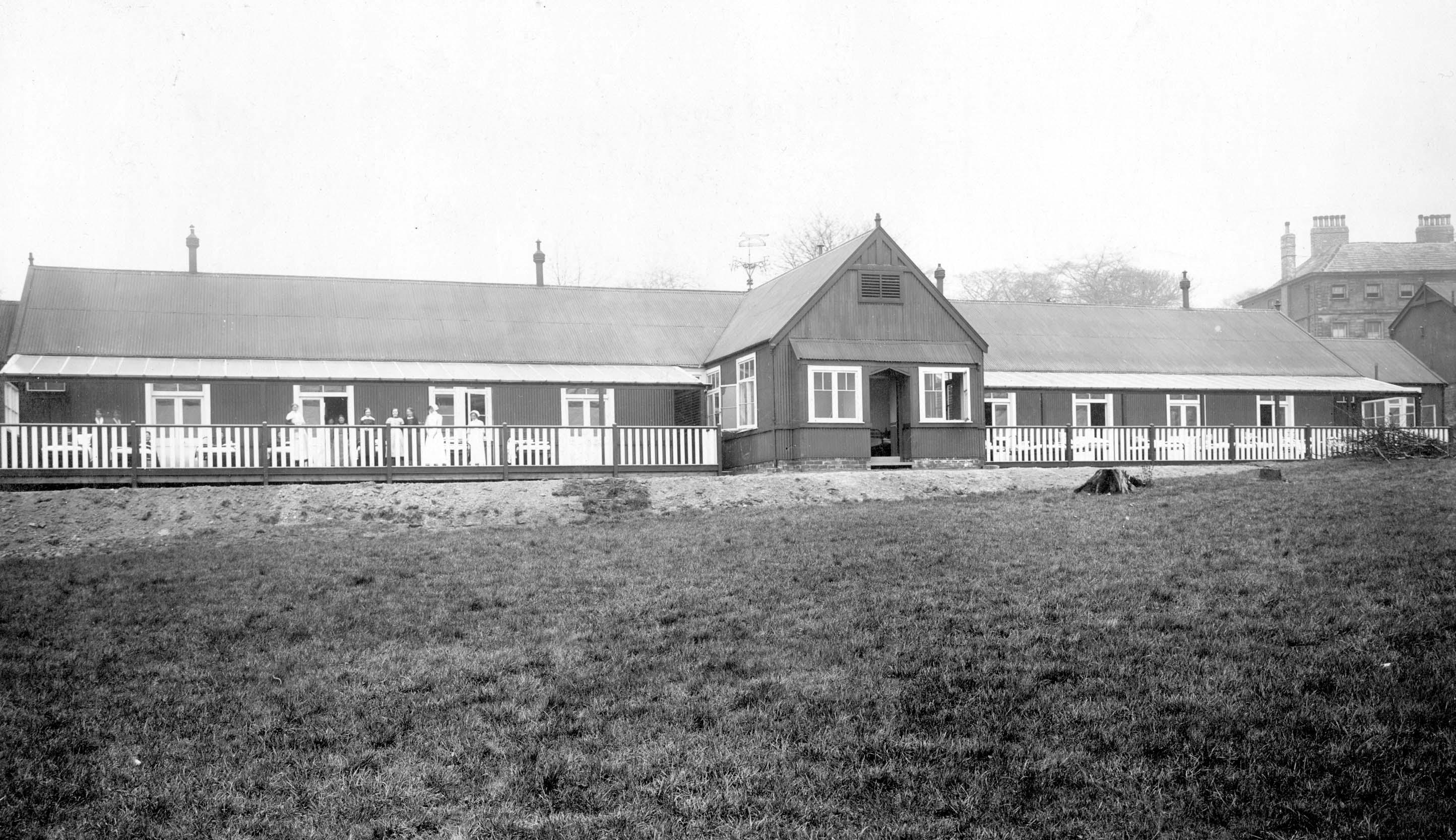 Front view of Killingbeck Hospital, Leeds