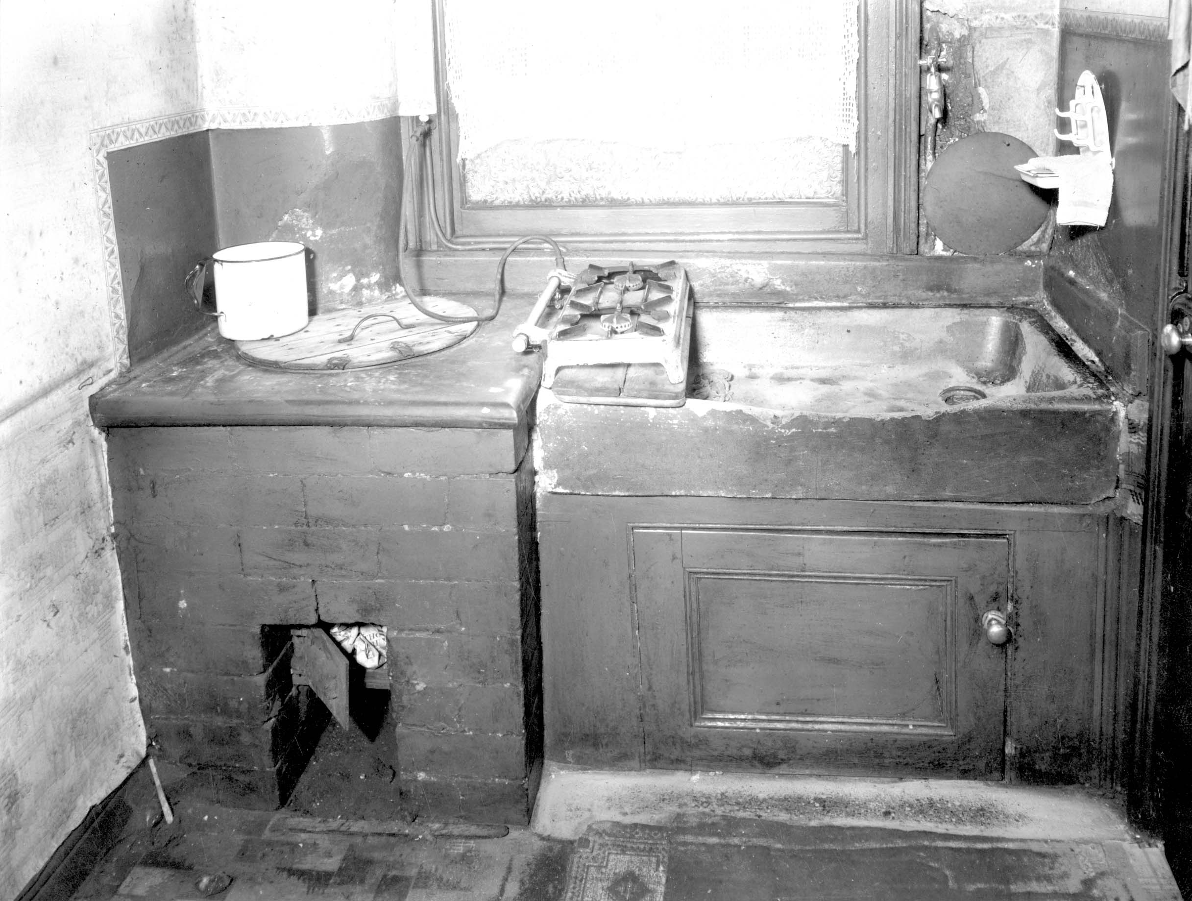 Kitchen of Back-to-Back House