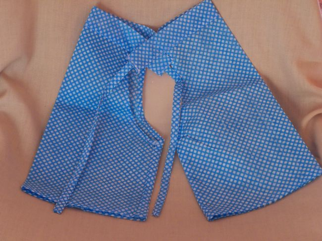 Child´s trousers made from a J-Cloth