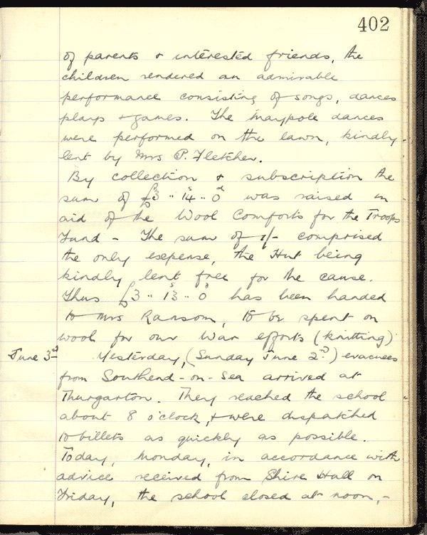 """Handwritten logbook entry including """"yesterday evacues from Southen -on-Sea arrived at Thurgarton.  They reached the school about 9 o-clock and were dispatched to billets as quickly as possible"""""""