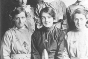 Female Munitions Workers in WW1