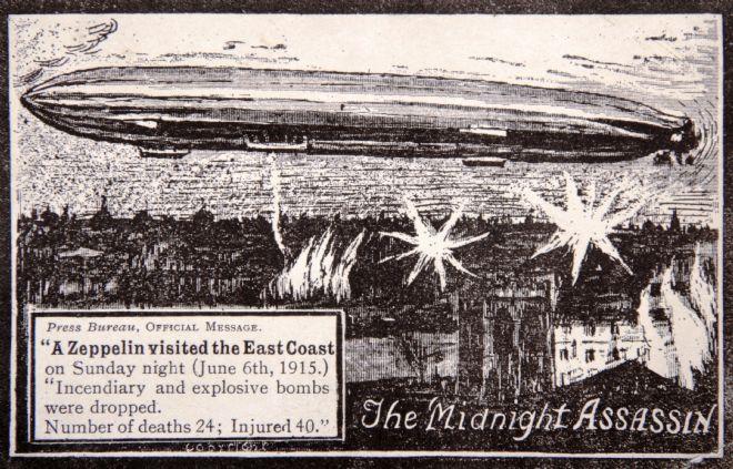 Postcard commemorating Zeppelin raid on East Coast, 1915